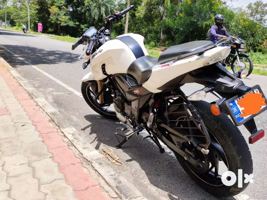 Apache RTR 200 4v, 2 years 7 months 0