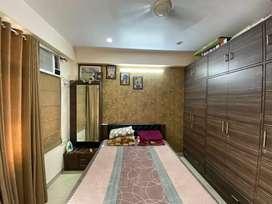 3bhk flat fully furnished