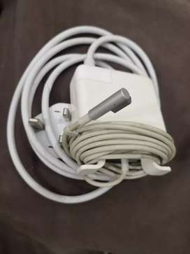 Apple MacBook original charger with Cable