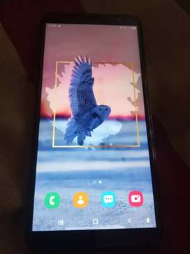 Gud condition 8month old 3+32gb ram rom only charger sath me milega