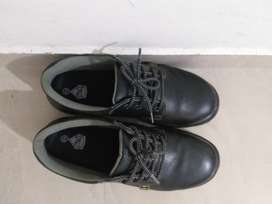 Volero Safety shoes for sell