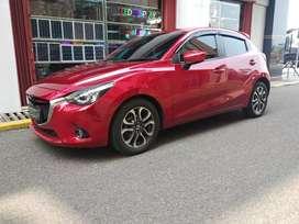 Mazda 2 R Matic 2015 merah Siap pakai