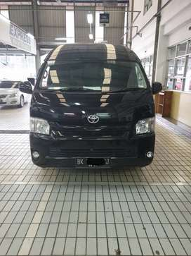 Toyota Hiace Commuter MT 2018