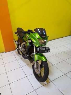 Kawasaki ninja R ijo daun 2014