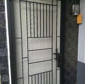 Jasa pasang Teralis BESI pintu rumah anti maling