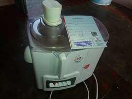 Carrot  mixer juicer