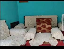 Sofa 1big 2chair condition badiya hai