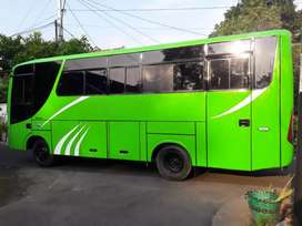 Bus hyundai 136ps  thn 2009 ac ekonomi kilometer 90rb siap pakai