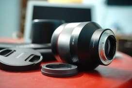Sony 85 mm F1.4 lens from Samyang with Hoya 77MM filter kit