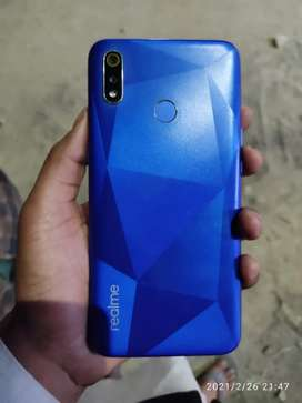 Realme 3i very good condition 6400rupee
