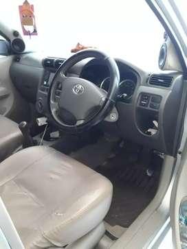 Dijual cepat  mobil avanza 2011