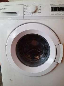 Mesin cuci belum 1 tahun FREE timbangan & Setrika