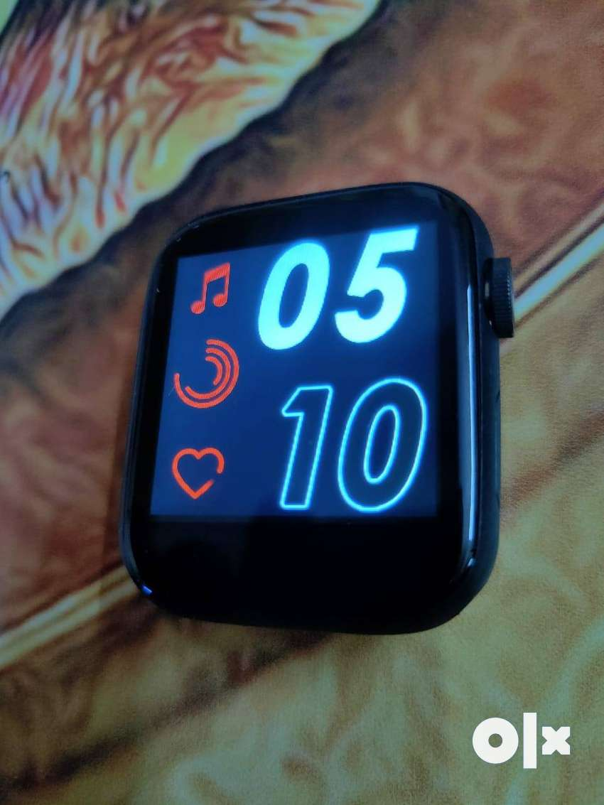Smart Watch with all accessories 0