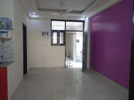 3bhk semi frnished flat in noida extension