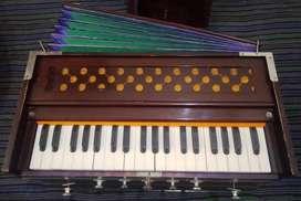 Harmonium  बेस्ट हारमोनियम 7 स्टॉपर, 7 चूड़ीदार बेल्लो(पंखा), दो-रीड