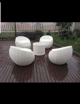 New rattan wicker round chairs set with table