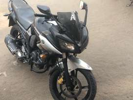 Want to sell yamaha fazer 1 st owner