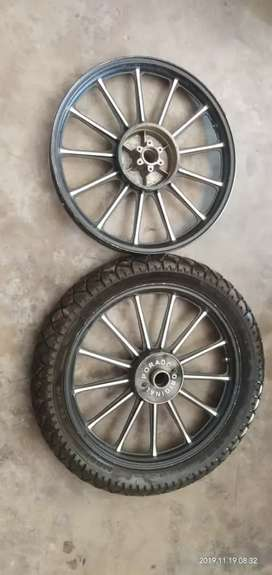 brand new 2 alloy wheel and 1tyre