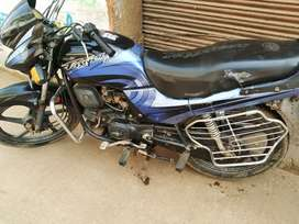 Passion plus good conditions h 2009 model ka h Arejent me sell karna h