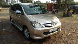 Toyota Innova 2.5 V 8 STR, 2009, Diesel