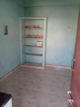 Single room for rent at dabagardens Rs 3200