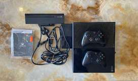 XBOX ONE WITH KINECT 500 GB