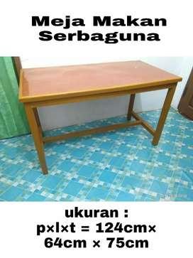 Meja Makan Serbaguna
