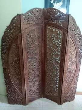 Ornamental wooden partition