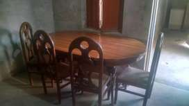 Dayning table 9/10 condition
