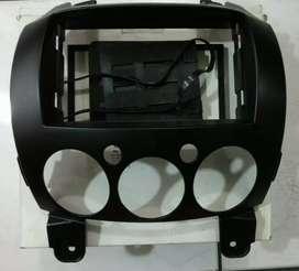 Frame Headunit Double Din Mazda2