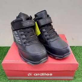 Best seller.. Sepatu sekolah anak Ardiles