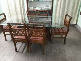 It is 4 year old dining table set