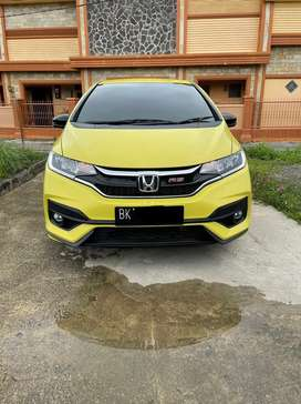 Honda Jazz rs cvt matic Tahun 2018