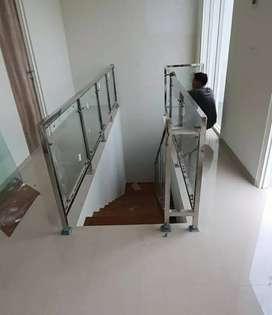 Railing tangga kaca dan balkon stenlis kaca #2447