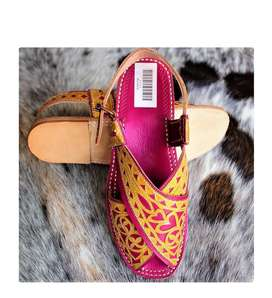 Peshawari embroidered ladies chappal for different colour