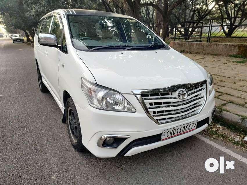 Toyota Innova 2.5 G (Diesel) 8 Seater, 2012, Diesel 0