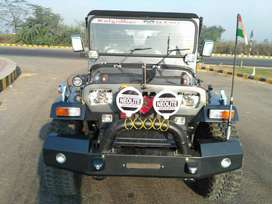 Jeep mahindera open willys