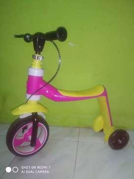 Dijual sepeda anak 2in1 bisa scooter bisa sepeda