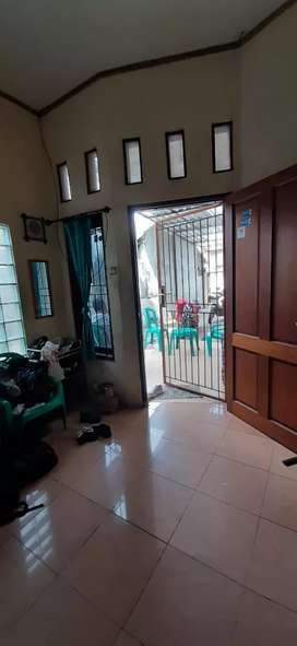 Dijual Cepat Rumah berserta kios & Kontrakan di Tanjung Priok