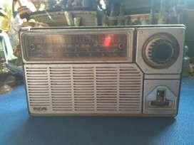 Radio jadul Philips 3 band