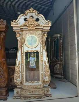 Jam Bagong emas
