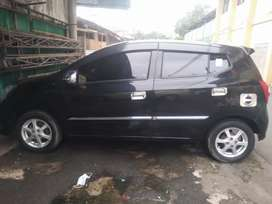 TOYOTA AGYA TYPE G matic th 2015 plus BBN