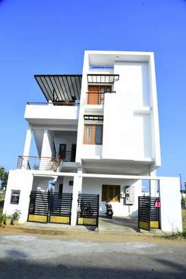 2BHK Fully furnished house for lease !