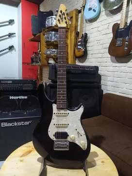 Gitar listrik Electric Gitar PEAVEY PREDATOR PLUS Yamaha Ibanez Fender