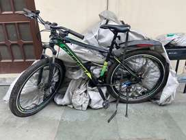 27.5 mtb with 21 gears and dual disc brakes
