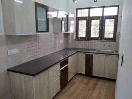 3BHK FLAT AVAILABLE WITH PROPER SECURITY