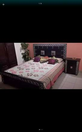 Porsche and lavish furnished room for male attchd bath wth cupboard