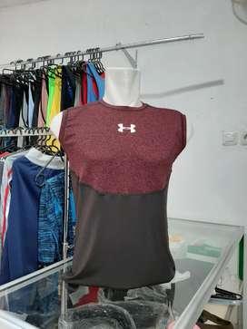 Kaos Tanpa Lengan UA dan Gym Shark