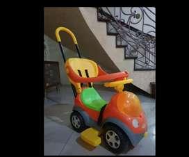 kereta dorong atau becak anak msh bagus bisa manual bisa didorong