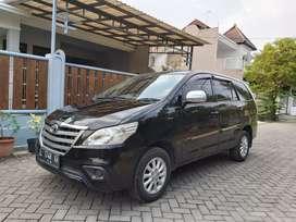 Toyota innova v 2.0 AT 2014
